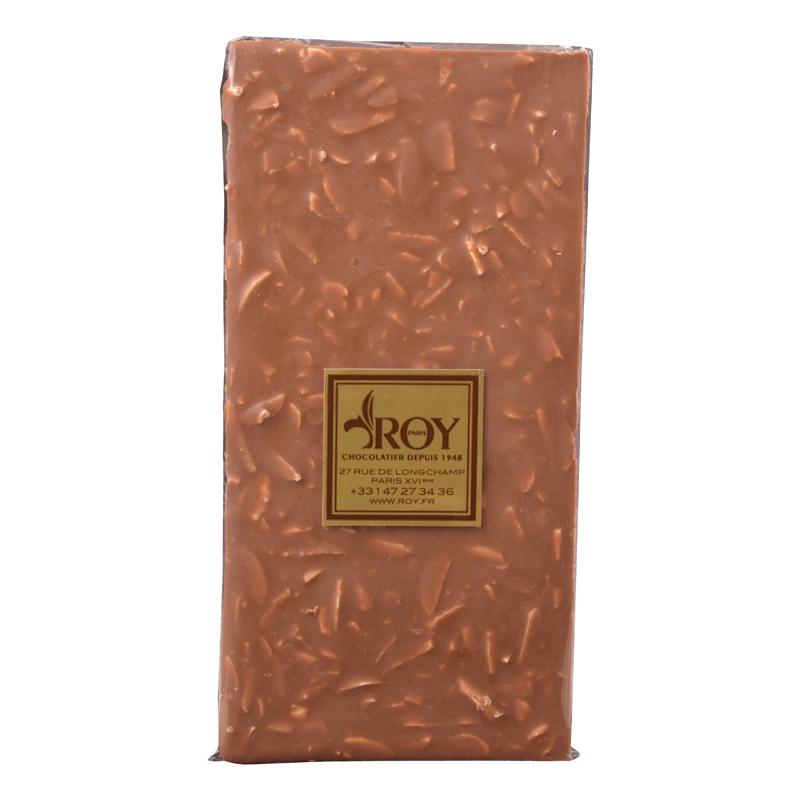 Tablette de chocolat au lait sans sucre et amandes