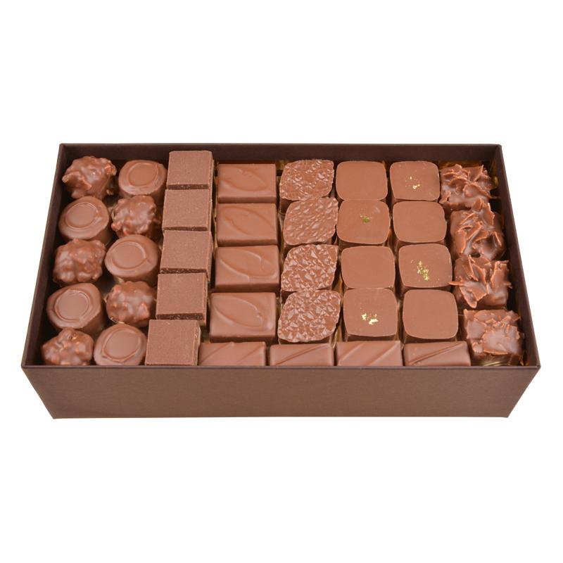 Coffret de chocolats tout lait – 1100 g
