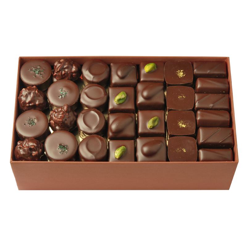 Coffret de chocolats tout noir – 800 g
